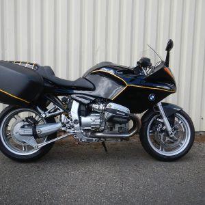 BMW R1100S