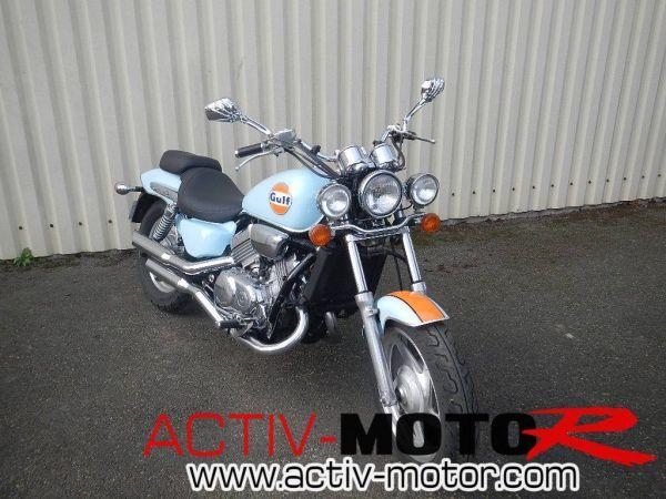 HONDA VFC 750