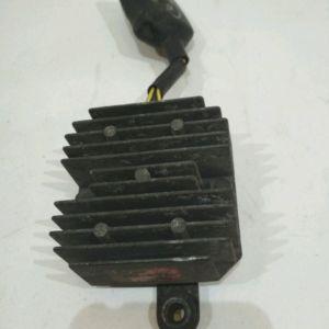 Honda – CM125 – CM125 – 1988 à 1993 – Régulateur de tension