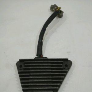 Honda – SHADOW VT750C – 1983 – Régulateur de tension