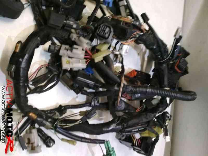 Suzuki – BURGMAN AN650 – 2012 – Faisceau électrique